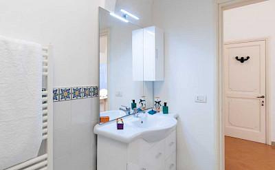 Villa Bath Marie Room