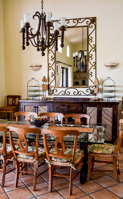Dining+room+ 2