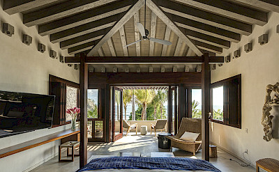 Luna Master Suite View To Balcony 1