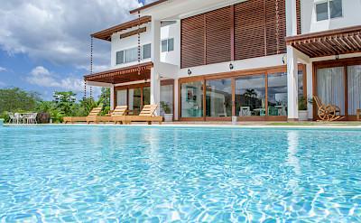 Bdrm Villa