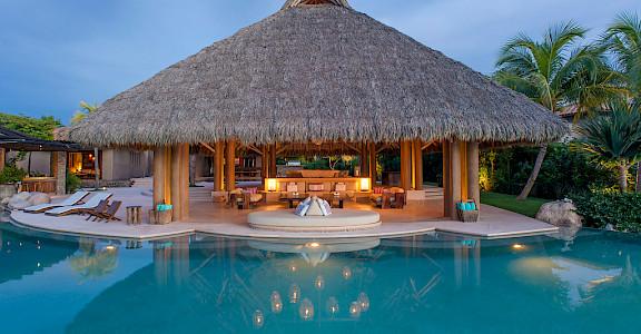Pool Palapa Night Xl
