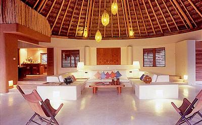 Lrg 9 Villa In Riviera Maya