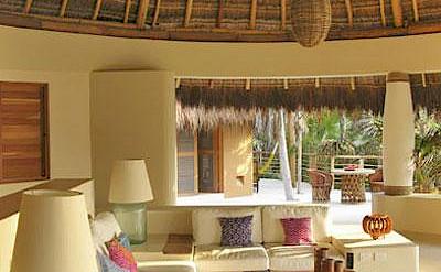 Lrg 8 Villa In Riviera Maya