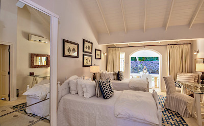 Cottage Twins Beds
