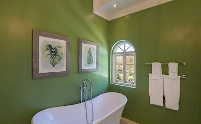 Masterbed Bath