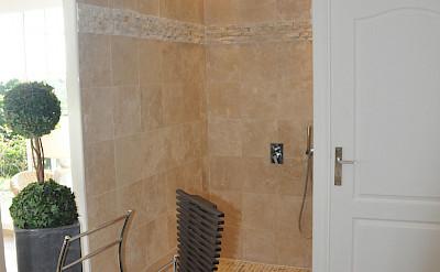 Bath 3 B