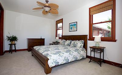 Mcr Ohana Front Bedroom