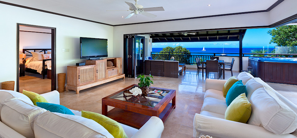 Coral Cove Unit Nov Living