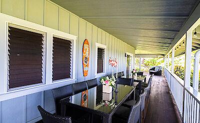 Exterior Lanai Dining