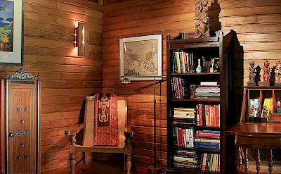 Des Indes I Den Library At Pavilion 1