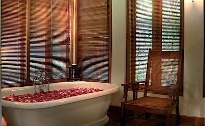 Des Indes I Pavilion 1 Bathtub