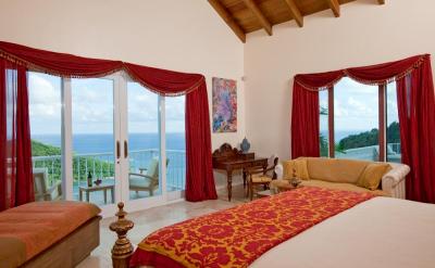 Cruz Bay Suite