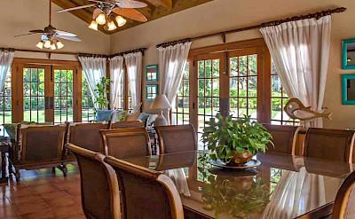 Bdrm Classic Villa Esmeralda 5