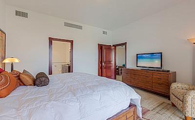 Porto Cupecoy Bedroom 1 2