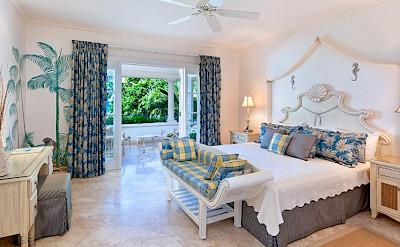 Schoonerbay Flamboyant Bed 1
