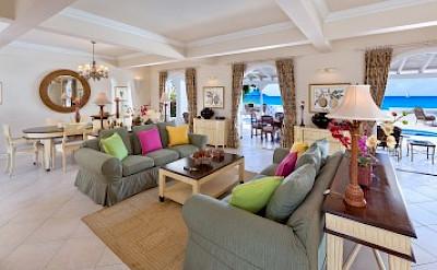 Living Room+% %
