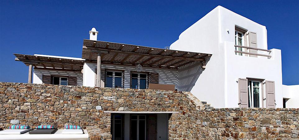 Villa Fro Outside