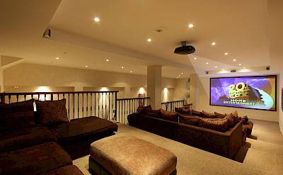 Ghf Large Home Cinema Studio