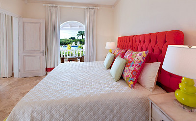 Ocean Drive Aug Cottage Bed 2