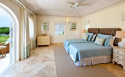 Ocean Drive Aug Bed 3
