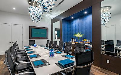 Villas Boardroom 1
