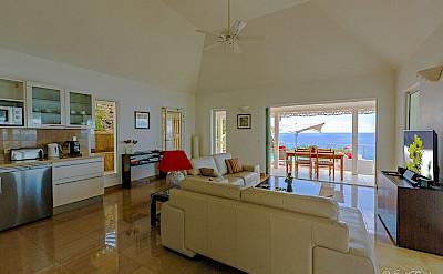 Vacation Rental St Barthelemy WV CLO Villa L Enclos St Barts Villa CLOliv Desktop