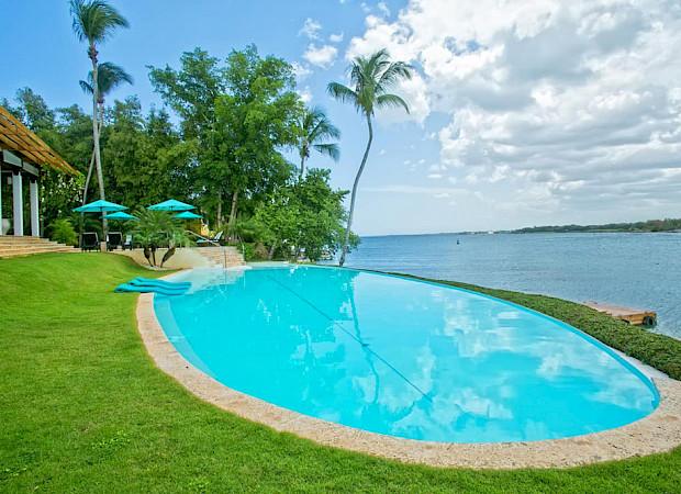 Bdroom Oceanfront Villa La Laguna Del Mar 7