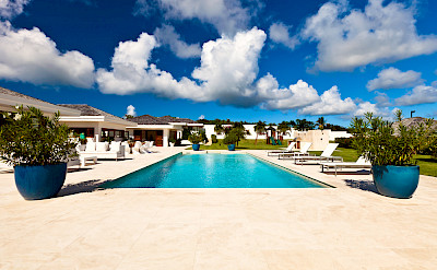 Petite Le Bleu Pool And View To Play Area