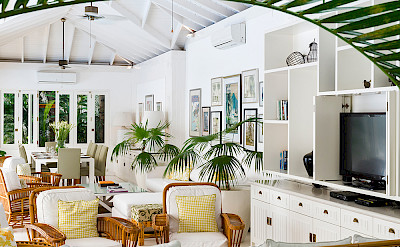 Villa Living And Dining Spaces