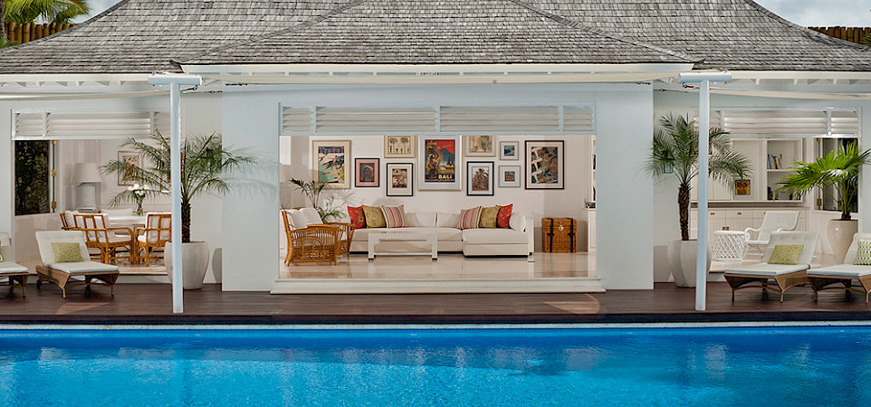 Villa Living Pavilion By Day