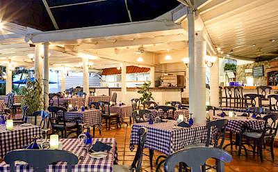 Windjammer Landing Papa Dons Restaurant And Bar Web