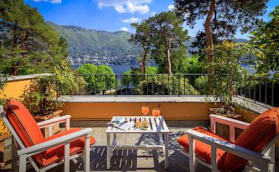 Villa++Terrace+First+Floor