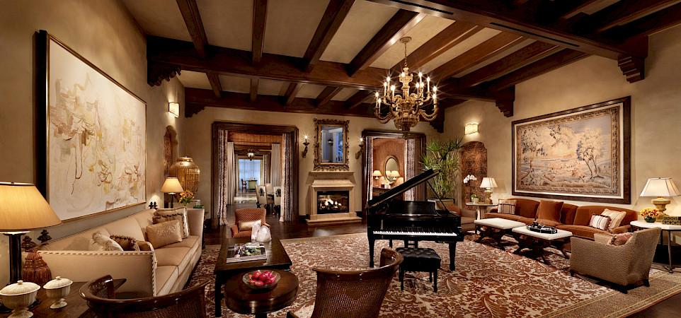 Caesars+Palace Marcus+Aurelius+Villa Great+Room 2