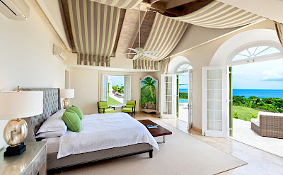 Lrg Marsh Mellow House Bed 1