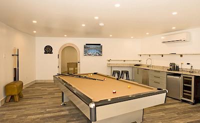 Lrg Pool Table