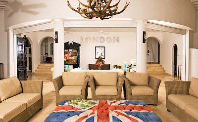 Lrg Living Area