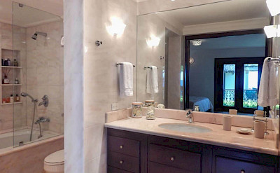Bedroom Ocean Front Villa Nerissa