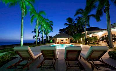 Bedroom Ocean Front Villa Nerissa 7