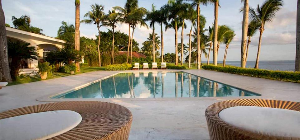 Bedroom Ocean Front Villa Nerissa 6