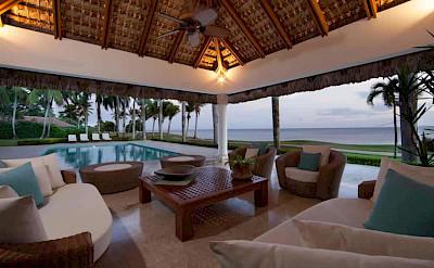 Bedroom Ocean Front Villa Nerissa 4