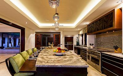 V 3 Kitchen Mg 1