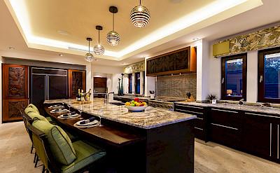 V 3 Kitchen Mg