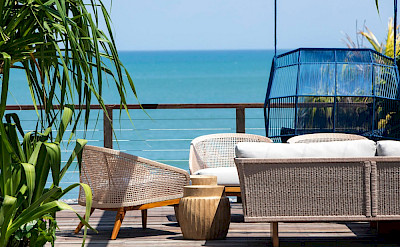 Noku Beach House Lounge With Beautiful Beach View
