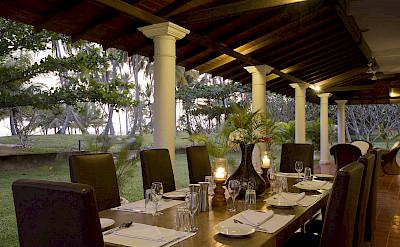 Front Veranda Dining Set Up