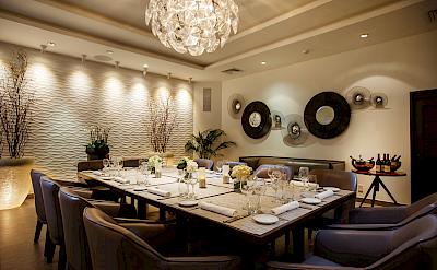 Lounge Dining