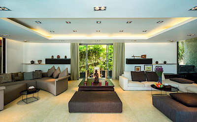 Living And Entertaining Area