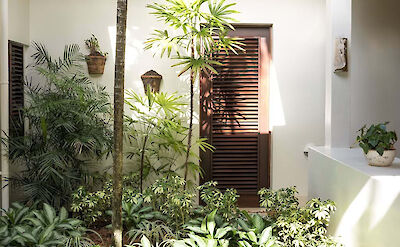 Jbi Bougainvilla Gardens