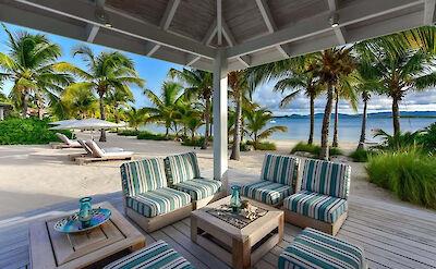Jbi Private Residence Sandpiper Exterior Seating