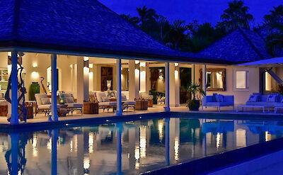 Jbi Private Residence Sandpiper Exterior Night
