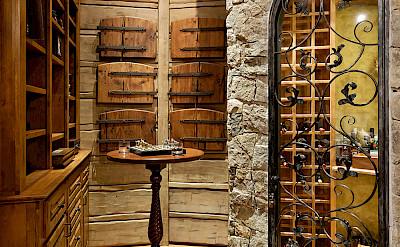 Colorado Lodge Wine Cove